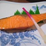 井上 - 鮭の塩焼き
