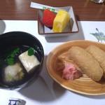 井上 - いなり寿司・つみれ汁・デザート