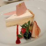 サロン・ド・テ・ミュゼ イマダミナコ - [料理] ディアーヌのチーズケーキ プレート全景♪w