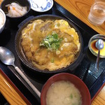 おいちゃんち - 豚かつ卵とじ定食