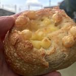 六丁家 - 料理写真:チーズフランス(220円)