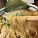 ラーメン考房 昭和呈 - 燻製チャーシュー麺