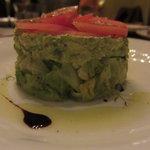 ピニョン - キャベツ、アボカド、トマトのサラダUP2