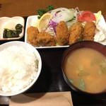 101596568 - カキフライ定食