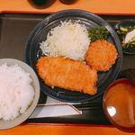 101596620 - ロースかつ定食+メンチカツ①