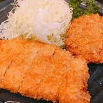 101596635 - ロースかつ定食+メンチカツ ③