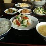 台湾料理 百楽門 - 海老と長ネギ炒め
