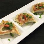 麺や 栄龍 - 人気の餃子