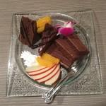 101602765 - 濃厚チョコレートケーキ