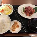 味覚園 - 料理写真:大盛り国産牛ランチセット