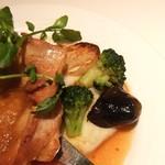 B.Cafe - マッシュポテトと素揚げのお野菜。付け合わせが凝っていました。