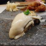 羽田市場 ギンザセブン - 牡蠣(厚岸)