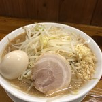Menya yuusaburou - 勇三郎ラーメン、麺大盛り味玉トッピング♪