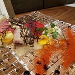 ペスカ - 本日の魚3種のカルパッチョ (太刀魚、カンパチ、サーモン)
