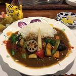 三洋 - 料理写真:野菜カレー700円(税込)