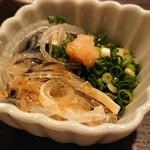 活ふぐ専門料理 とらふぐ屋 - 料理写真:皮湯引き