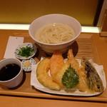 切麦や 甚六 - 天窯うどん(1200円)