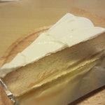 パパジョンズ - アップルハニーチーズケーキ 575円