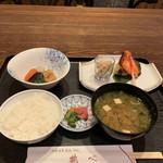 鶴べ別館 - 焼魚御膳       ¥1080-