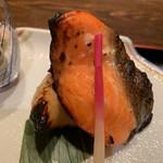 鶴べ別館 - 鮭