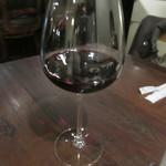 CARO - 赤ワインのグラス