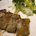 IZUMI DINING -  【 サルティンボッカ 】       豚肉とチーズのマッチングがもの凄く美味しい!!また食べたい~!(^^)!