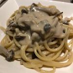 IZUMI DINING - 【 きのこのパスタ】       きのこのパスタはクリームソースでもあっさりと頂けました。