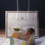 彩果の宝石 - 三色果実