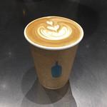 ブルーボトルコーヒー 清澄白河 ロースタリー&カフェ - カフェラテ