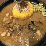 curry&cafe Warung - せせりとぼんじりのチキンカレー。とっても美味しいんですよ…