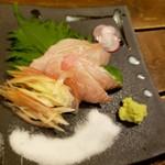 宮崎地鶏もも焼き 輪鶏 - キコリ鯛刺し