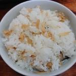101704439 - 山菜定食のご飯