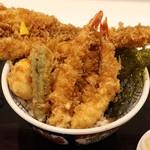 日本橋 天丼 金子半之助 - 1,200円の江戸前天丼。