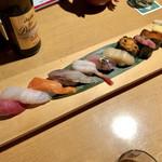 SUSHIと海鮮居酒屋 まるなみ - 「まるなみにぎり」1700円