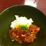 お多福 - 料理写真:まぐろユッケ
