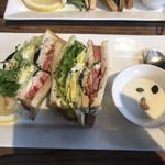 アンティグア - クラブハウスサンドイッチ