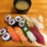 勝花 - 料理写真:握り寿司