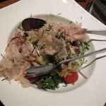 しん寅゛ - ほぐし干物と焼きナスのサラダ ¥750