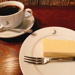 ムーン ファクトリー コーヒー - チーズケーキ