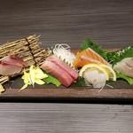 101739977 - 鮮魚のお造り六種盛(1人前)(650円)×2