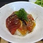 なゝみ - ランチセット:本日の漬け丼 胡麻醤油(鮪、金目鯛)