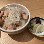 勝本 - 料理写真:チャーシューご飯