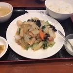 錦味坊 - 八宝菜定食