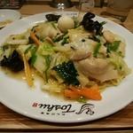 れんげ食堂 Toshu - 料理写真:五目やきそば