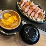 101765367 - 『ブレードミートステーキ定食』(税別1590円)