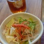錦 わらい - 『ブレードミートステーキ定食』(税別1590円)のランチサラダ