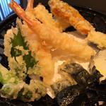 にぎり長次郎 - 海老の天ぷら(○)、意外とレンコンや紫蘇が美味しい!