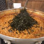韓国焼肉専門店 ヤキバンザイ - 〆まで美味しいカムジャタン