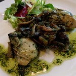 101782363 - 牡蠣とキノコのソテー パセリ風味