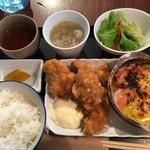 昭和堂Q - チキンカツ(増量))&トマトとベーコンのチーズ焼  2018.12.15